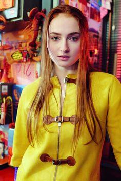 Beauty Tips, Celebrity Style and Fashion Advice from Game Of Thrones Star Sophie Turner Talks Sansa Sophie Turner Age, Sofie Turner, Sansa Stark, Divas, Maisie Williams, Nick Jonas, Priyanka Chopra, Fashion Advice, Celebrity Style