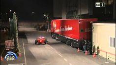 Michael Schumacher con la Ferrari F300 nello studio di Porta a Porta