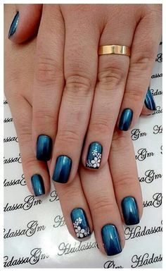 31 best nails ideas for spring 2019 00051 Elegant Nail Designs, Toe Nail Designs, Acrylic Nail Designs, Hawaiian Nails, Country Nails, Stamping Nail Art, Best Acrylic Nails, Flower Nails, Stylish Nails