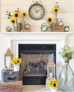 34 Enchanting Summer Mantel Decorating Ideas - Mantel decorating ideas that compliment the fireplace might very well be the focal point of your room. If you have a fireplace, the mantel will be a d. Plywood Furniture, Design Furniture, George Nelson, Home Living Room, Living Room Decor, Eames, Decoraciones Ramadan, Summer Mantle Decor, Décor Antique