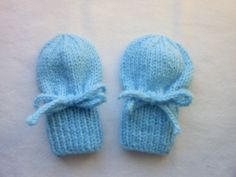Blue Thumbless Mittens, With Strings, Hand Knit, for Baby 0 to 12 Months, Pastel Blue, Light Blue, Pale Blue