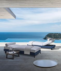 RAY OUTDOOR FABRIC - Designer Sun loungers from B&B Italia ✓ all information ✓ high-resolution images ✓ CADs ✓ catalogues ✓ contact..