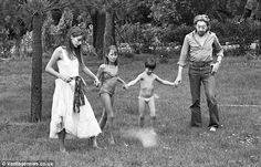 Fun: An intimate family portrait of (l to r) Jane Birkin, Kate Barry, Charlotte Gainsbourg and Serge Gainsbourg