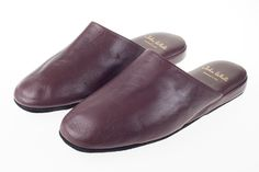 Handcrafted from the finest nappa leather our Firenze slippers are the height of luxury. Leather Slippers For Men, Mens Slippers, John White Shoes, Travel Slippers, Mens Fashion, Flats, Luxury, Moda Masculina, Loafers & Slip Ons