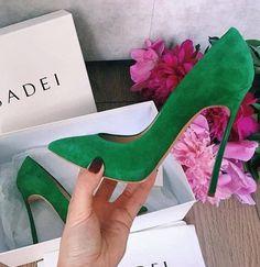 Casadei #shoes #stiletto #fashion #vanessacrestto #sandals #style