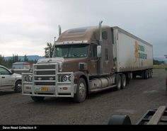 http://www.hankstruckpictures.com/pix/trucks/dave_read/2011/07-24/alaska_trip_039.jpg