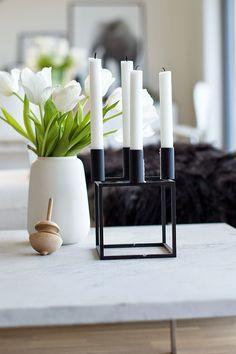 www.thewhitebox.no. Scandinavian interior design. Kubus by Lassen, white tulips, marble table.