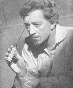 Alec Guiness as Hamlet in the 1951 New Theatre.