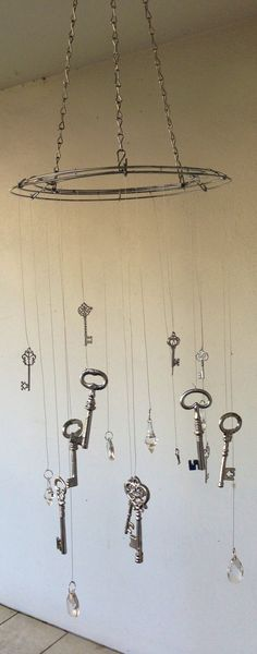 Crystal and key wind chime