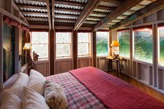 A Stay In The Mountain Room At Pitcher Inn Replicated Mountaintop Fire Tower Is Ultimate Vermont Themed Luxury Getaway