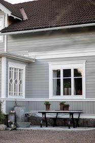 vackra: [betong och gjutjärn...] Villa, Exterior, Cabin, Windows, Outdoors, Mamma, Inspiration, House Ideas, Color