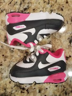 d3cf25c8219a7 TODDLER GIRL NIKE AIRMAX SNEAKERS NEW WITH BOX SIZE 4  fashion  clothing   shoes