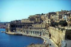 Malta, Wander, Attraction, New York Skyline, To Go, City, Outdoor Decor, Travel, Road Trips