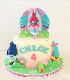 Trolls cake Trolls Party, Trolls Birthday Party, Girly Cakes, Cute Cakes, Bolo Trolls, Trolls Cakes, Fondant Cakes, Cupcake Cakes, 4th Birthday Cakes