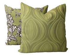 Indoor Outdoor Green Throw Pillow with Zipper Patio Deck image 5 Green Throw Pillows, Patio Pillows, Lumbar Throw Pillow, Outdoor Cushions, Outdoor Rooms, Indoor Outdoor, Outdoor Living, Pillow Corner, Velvet Drapes