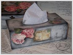 Las servilletas de mi alacena (pág. 11) | Aprender manualidades es facilisimo.com Decoupage Box, Decoupage Vintage, Tissue Box Covers, Tissue Boxes, Manualidades Shabby Chic, Henna Candles, Shabby Chic Crafts, Shabby Cottage, Tole Painting