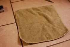 If You Give a Girl a Needle: Steam Mop Pads from Towels (Quick and Easy Tutorial) Mop Pads, Steam Mop, 8 Months, Towels, Projects, Easy, Pug, Log Projects, Blue Prints