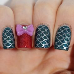 Mermaid nail art Disney Princess Nails, Disney Nails, Disneyland Nails, Cute Nails, Pretty Nails, Hair And Nails, My Nails, Mermaid Nail Art, The Art Of Nails