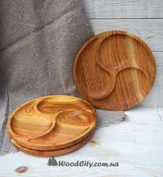 Материал дерева: дуб, черешня, орех, ольха. Пропитана растительным маслом. Тарелку можно использовать как для небольших порций сухой еды так и для ягод, хлеба, орехов.