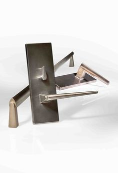 A new line of hardware designed by HOK Product Design for Rocky Mountain Hardware. More on the blog: http://www.architects-toybox.com/2015/12/07/verdura-door-series/