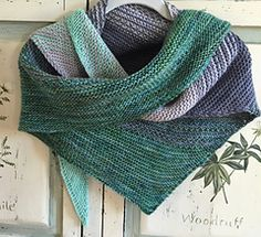 Linook shawl by Melanie Berg uses four colors of worsted yarn. Choose your favorite colors and enjoy the knit. The pattern is $6 on Ravelry; click on the name on this page.