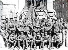 British Army Officers with the Flag of the Irish Republic seized from the roof of the GPO, The Flag was returned to Dublin for the Anniversary of the Easter Rising in Bbc History, British History, British Soldier, British Army, Ireland 1916, Easter Rising, Ireland Pictures, Michael Collins, National Museum