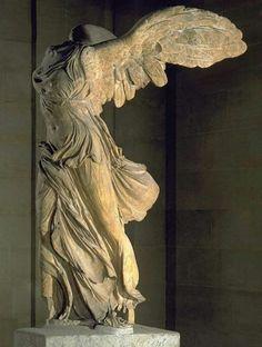 Nike di Samotracia - III/II a.C. - Periodo ellenistico - Marmo a tutto tondo -Funzione celebrativa -  Samotracia - Pargi, Louvre