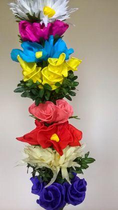 Rękodzieło na co dzień: Spiralki z bibuły do palmy wielkanocnej Easter Flowers, Art Drawings For Kids, Diy And Crafts, Lego, Projects To Try, Spring, Christmas, Gardening, Palmas