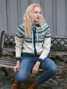 Belliskofte XS-XL Knitting Projects, Knitting Patterns, Sweater Patterns, Fair Isle Chart, Norwegian Knitting, Gamine Style, Stocking Pattern, Knit Cardigan, Knitwear