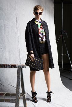 Moschino Pre-Fall 2012 Fashion Show - Caterina Ravaglia