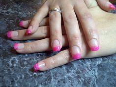 #acrylic #nails #neonpink