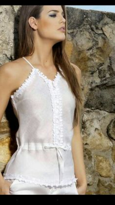Blouse Styles, Blouse Designs, Rock Chic, Rocker, Beautiful Blouses, Fashion Outfits, Womens Fashion, Traditional Outfits, Spring Summer Fashion