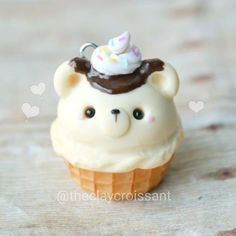 Charms Jewelry A little vanilla ice cream bear in a waffle cone.