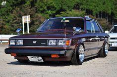 Toyota RA45 Carina GT