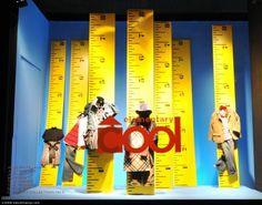 tapemeasures,pinned by Ton van der Veer http://pop-solutions.tumblr.com