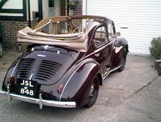 Renault 4CV 1939. By Aussie Frogs