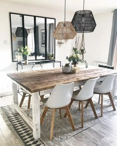 Esszimmer Dining room 16 ideas to organize it Ornaments To Decorate P Dining Room Design, Dining Room Table Decor, Wooden Dining Tables, Dining Room Lighting, Dining Furniture, Dining Chairs, Interior Decorating, Interior Design, Living Room Decor