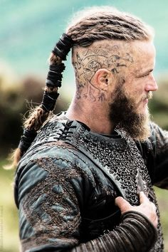 forged-by-fantasy:  RagnarLothbrok is a restless young warrior and family man who longs to find and conquer new lands across the sea and claim the spoils as his own. Now he is an earl and with more power than ever before, his desire to sail west and explore new kingdoms remains unquenchable. Ragnar feels a deep affinity for the Norse god Odin. This powerful deity is the god of warriors slain in battle and is also the god of curiosity.