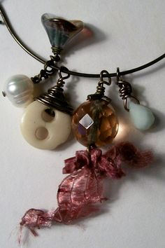 wire wrapped button