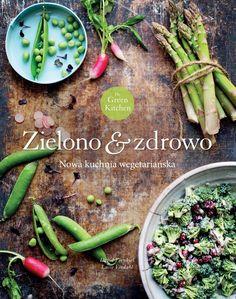 """Co może wyniknąć ze zderzenia różnych dwóch światów kulinarnych? Dbającej o jakość produktów, lecz nie rezygnującej z mięsa Luise oraz Davida - niezdrowo odżywiającego się wegetarianina (tak, są tacy!) - miłośnika makaronów, pizzy i słodyczy...  Efektem ich wspólnych kulinarnych poszukiwań okazał się znakomity blog """"The Green Kitchen Stories"""" oraz książka, dzięki której odkryjemy bogactwo zup, sałatek, soków i przekąsek, prostych do przyrządzenia, ale pełnych smaku i fantastycznie podanych."""