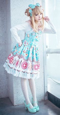 lolita posts - FASHION GIRL