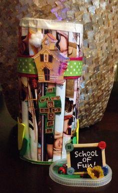 El envase perfecto de Crystal Light para guardar lápices, crayolas o cualquier regalito para las maestras!!