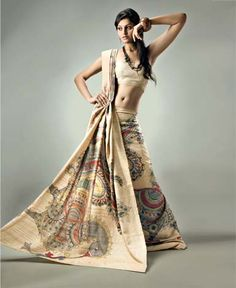 Ethnic Tussar Silk saree exudes sophistication where the natural Tussar hue is painted upon by Kalamkari artists using vegetable dyes to create a masterpirce. Kalamkari Fabric, Tussar Silk Saree, Cotton Saree, Indian Dresses, Indian Outfits, Indian Clothes, Saree Painting, Kalamkari Painting, Madhubani Painting