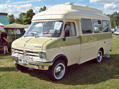 397 Bedford CF Camper (1973) | Flickr - Photo Sharing! Camper Van Life, Car Camper, Camper Caravan, Vintage Rv, Vintage Caravans, Vintage Trailers, Vintage Campers, Vauxhall Motors, Bedford Van