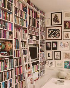 Votre première bibliothèque –Vous la voyez déjà. Pour vous elle est déjà réalisée, elle est même organisée et rangée. Mais en quel matériau la réaliserez vous? Le bois sera-t-il visible? Se…