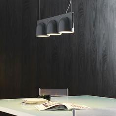 Igloo é desenhada pelo Estúdio Klass de Marco Maturo e Alessio Roscini - O que marca o trabalho da dupla é o convite ao observador em avaliar a realidade a partir de um novo ponto de vista como o pendente Igloo premiado pelo Red Dot Design Award 2015.