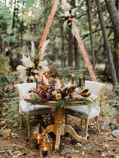 Elegant Boho Wedding ceremony Ideas within the pines of Northern California. Sweetheart table created by wedding party planner Veiled in Old-fashioned and florist Velours Styles in Redding, CA. Photography by Sean Thomas Wedding Ceremony Ideas, Tree Wedding, Wedding Table, Fall Wedding, Rustic Wedding, Perfect Wedding, Elegant Wedding, Wedding Tips, Wedding Centerpieces