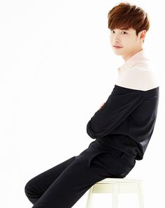 Lee Jong Suk - Woman Insight Japan (150522)