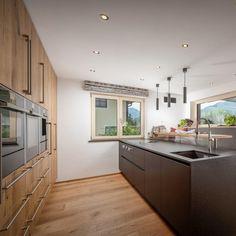 Küche & Essbereich Küchen Design, Kitchen, Home Decor, Interior Design Kitchen, Home Kitchens, Living Area, Dining Rooms, Windows, Homes