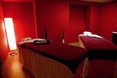 La Continental Forum Sibiu, maseurii se pregatesc pentru un nou masaj de cuplu!